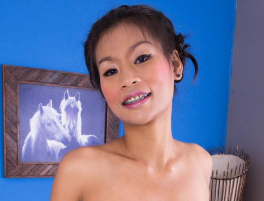 Thai Pussy Massage | Chantana